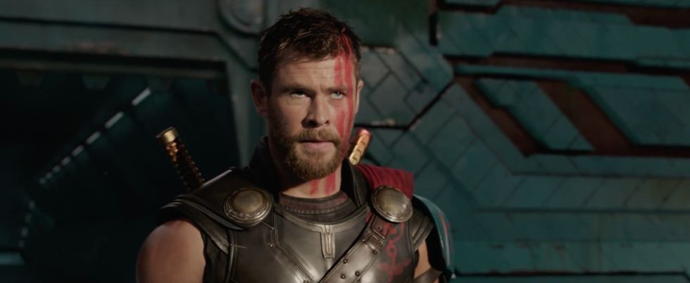 Halloween costumes for men with beards chris hemsworth Thor ragnarok