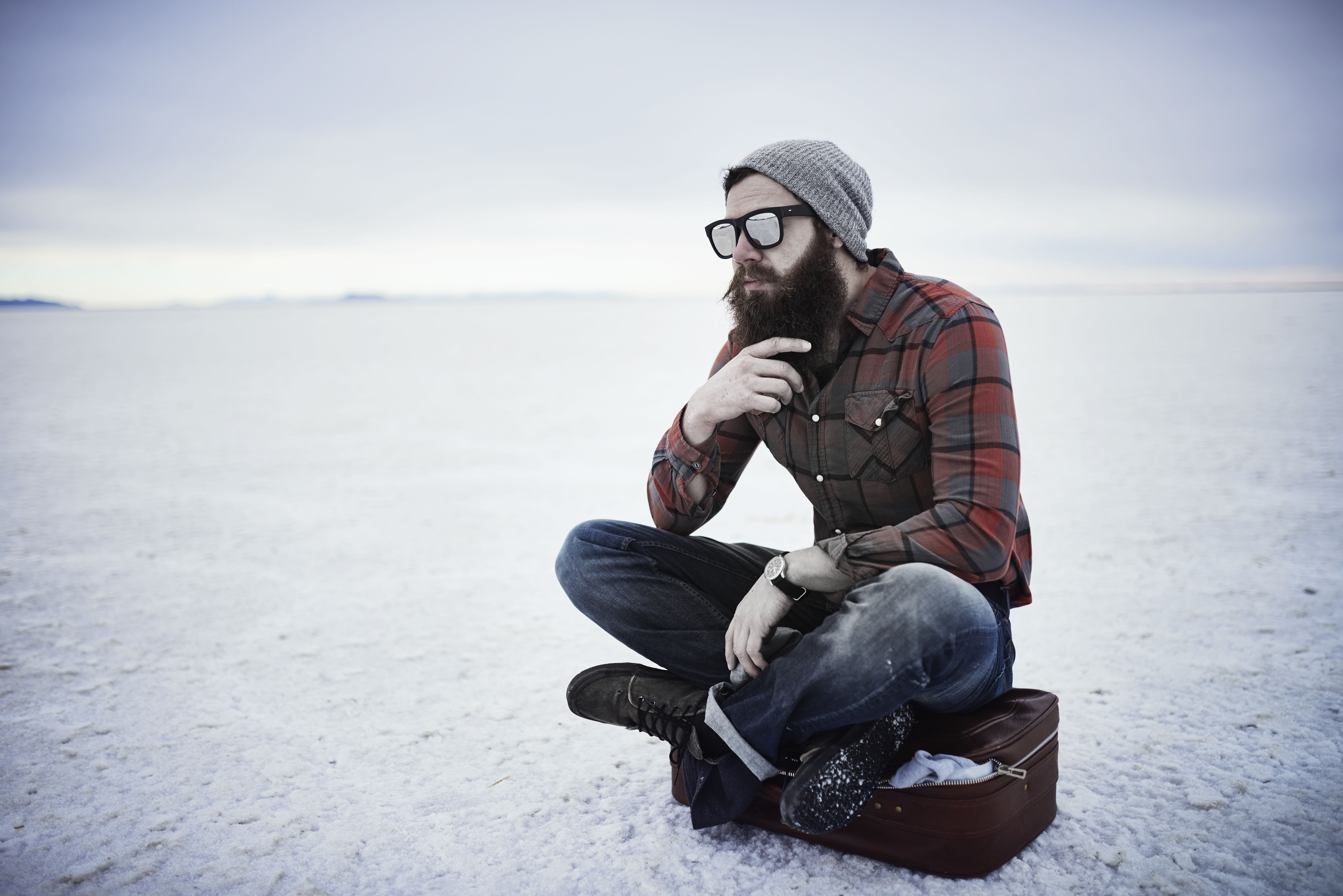 holiday travel grooming tips for men